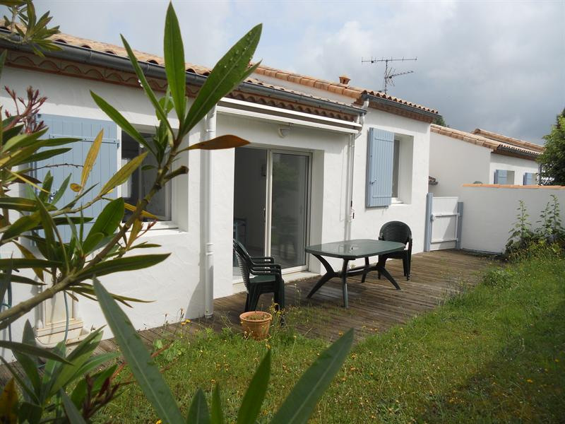 Vacation rental house / villa Vaux sur mer 824€ - Picture 17