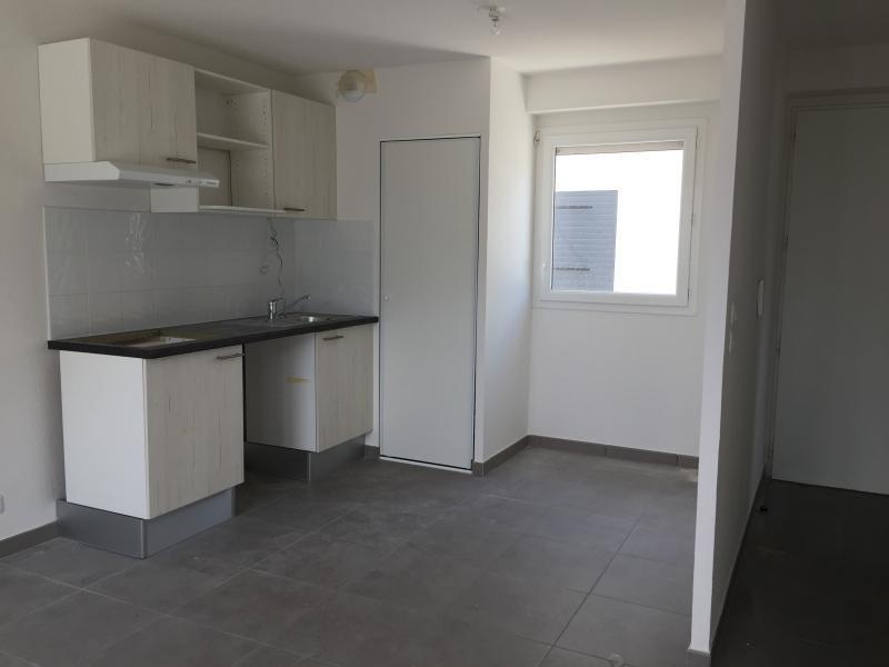 Rental apartment Valras plage 670€ CC - Picture 1