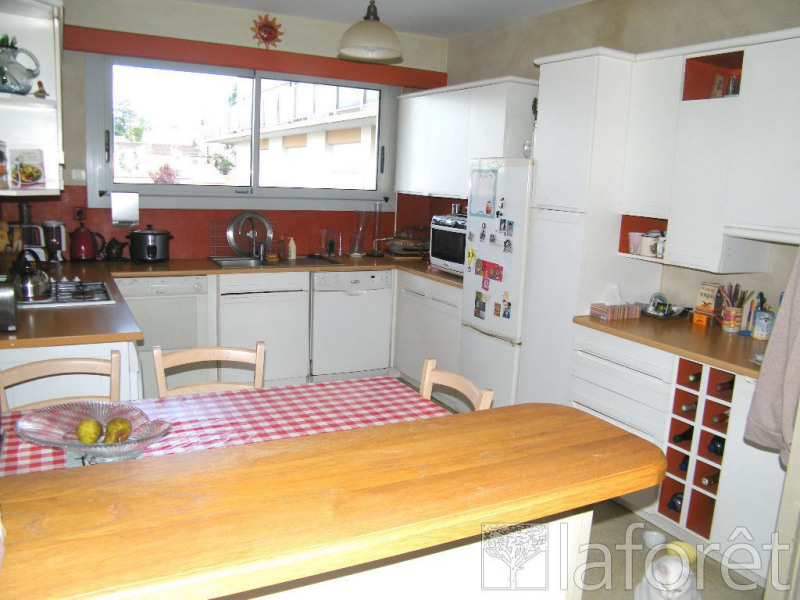 Sale apartment Cholet 138 000€ - Picture 2
