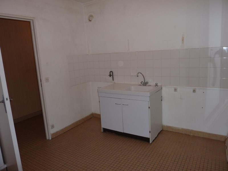 Location appartement Le coteau 460€ CC - Photo 3