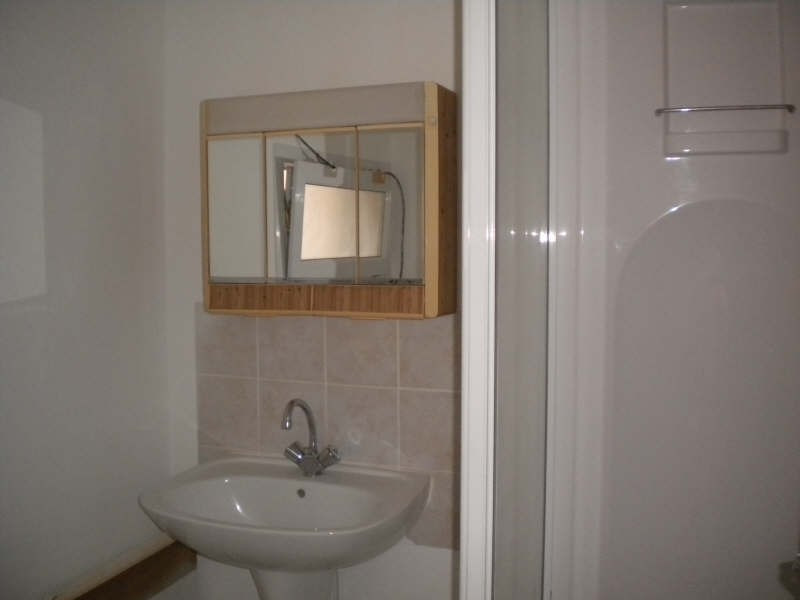 Location maison / villa Vendome 320€ CC - Photo 4