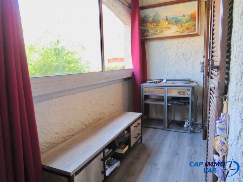 Sale apartment Le beausset 187 000€ - Picture 6