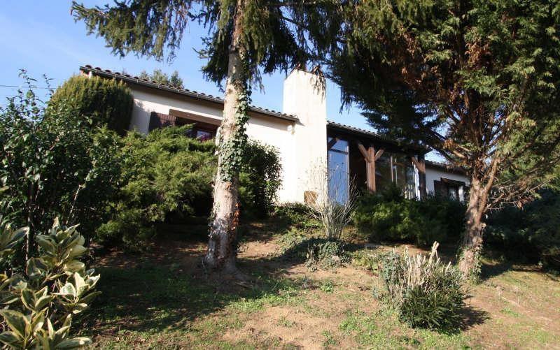 Sale house / villa Lembras 222000€ - Picture 1