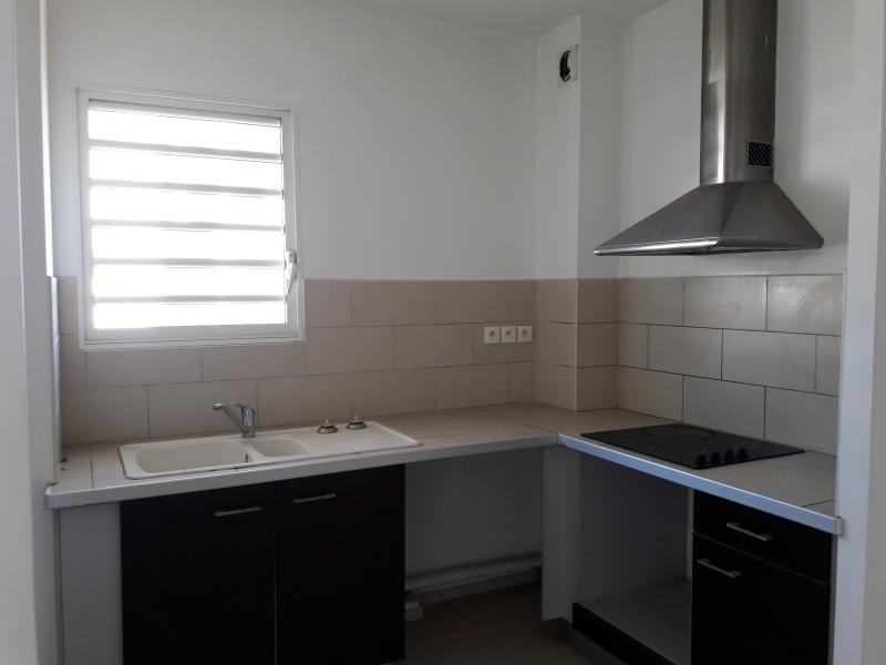 Sale apartment St paul 156 811€ - Picture 3