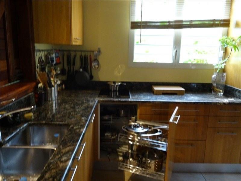 Deluxe sale house / villa Capesterre belle eau 320000€ - Picture 6