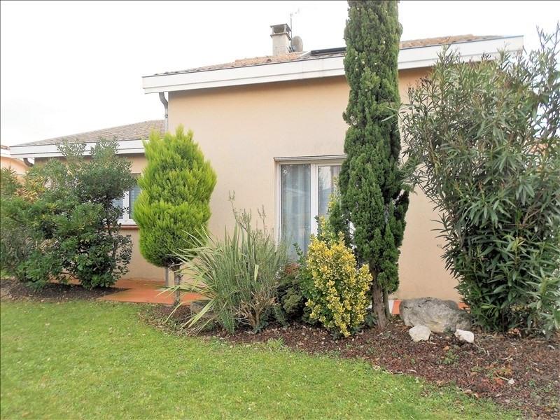Sale house / villa St lys 384874€ - Picture 1