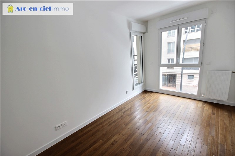 Rental apartment St denis 1 350€ CC - Picture 8