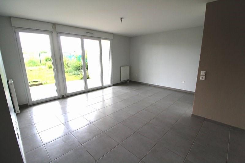 Rental apartment Maurepas 877€ CC - Picture 3