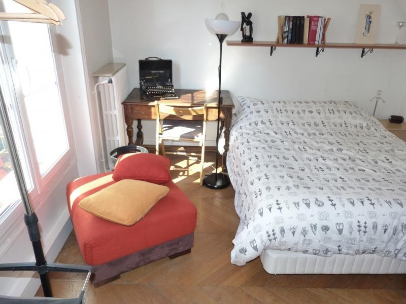 Location appartement Paris 10ème 1 795€ CC - Photo 3