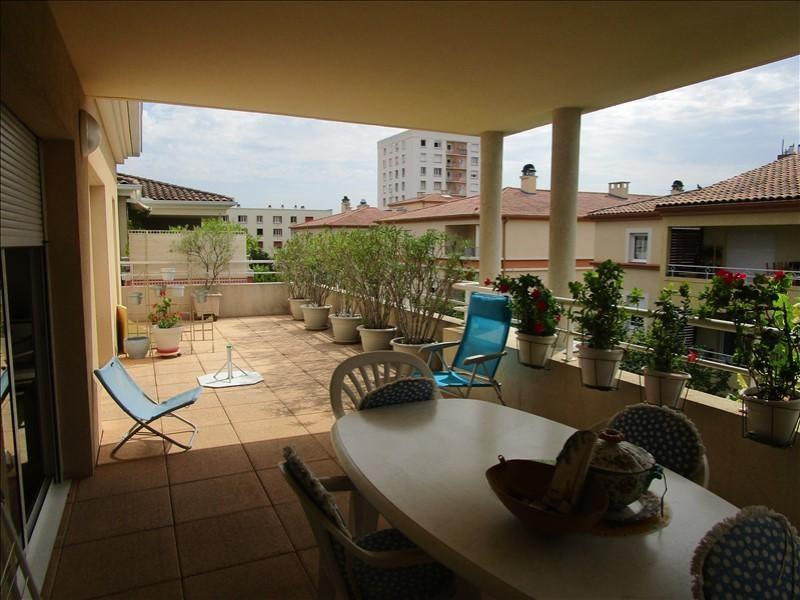 Location appartement Nimes 1255€ CC - Photo 1
