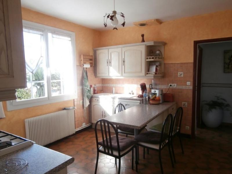 Sale house / villa Saint pierre d'eyraud 189400€ - Picture 5
