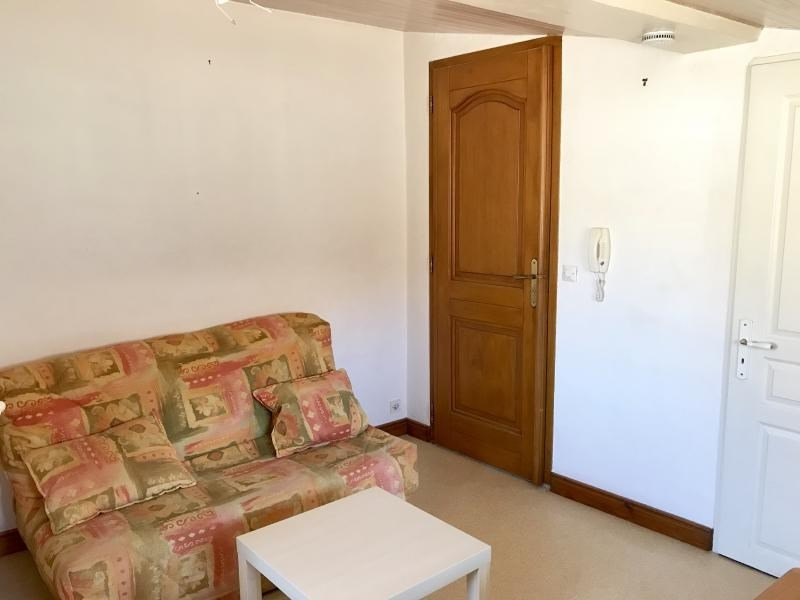Rental apartment Aix en provence 480€ CC - Picture 3