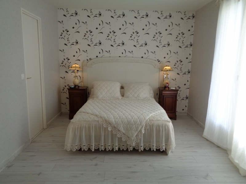 Sale house / villa Lesigny 436000€ - Picture 7
