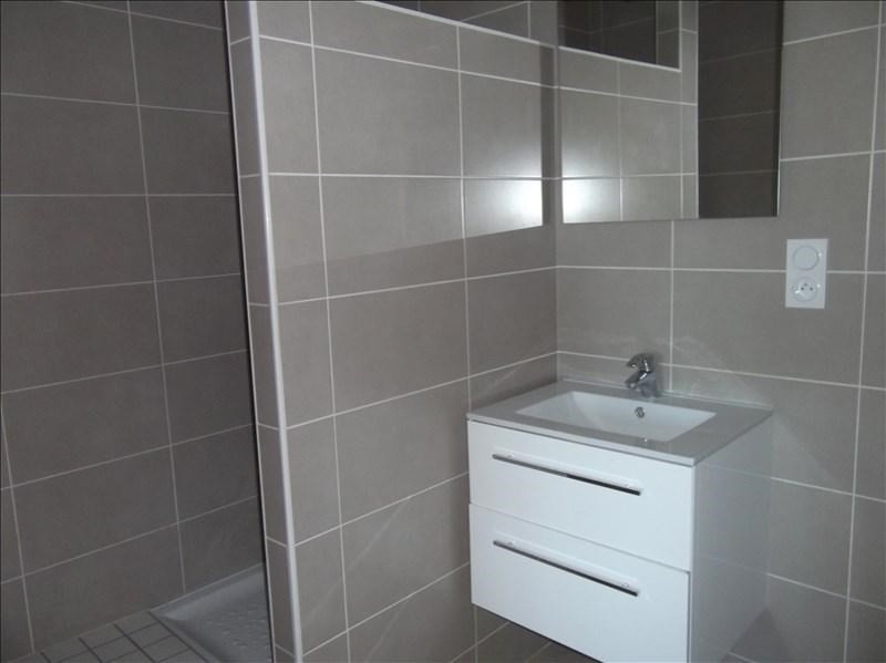 Location appartement Yenne centre 500€ CC - Photo 4