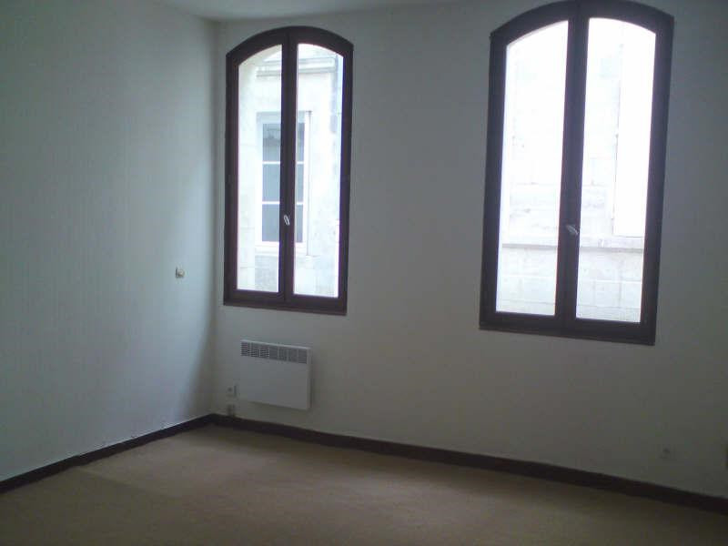 Rental apartment Angouleme 265€ CC - Picture 1