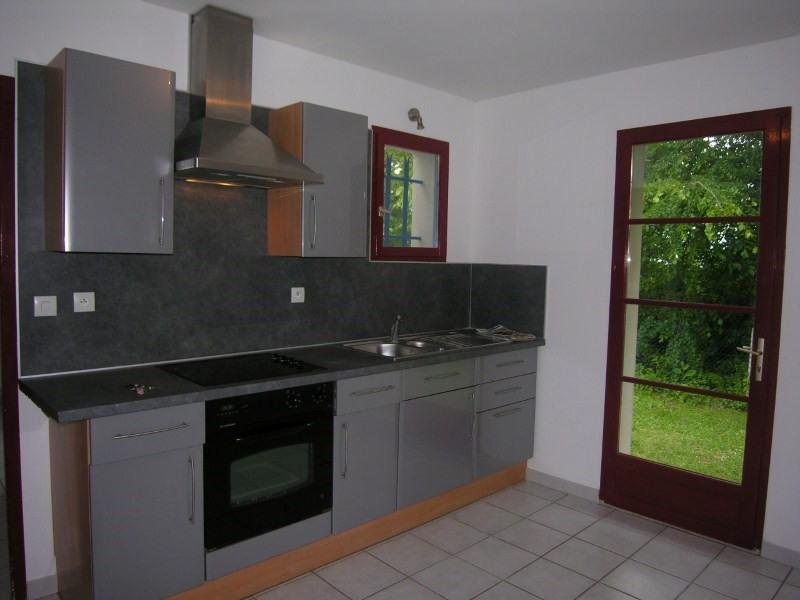 Location maison / villa Prignac et marcamps 708€ CC - Photo 12