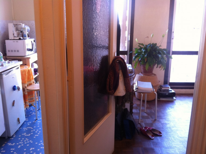 Sale apartment Paris 15ème 185000€ - Picture 2