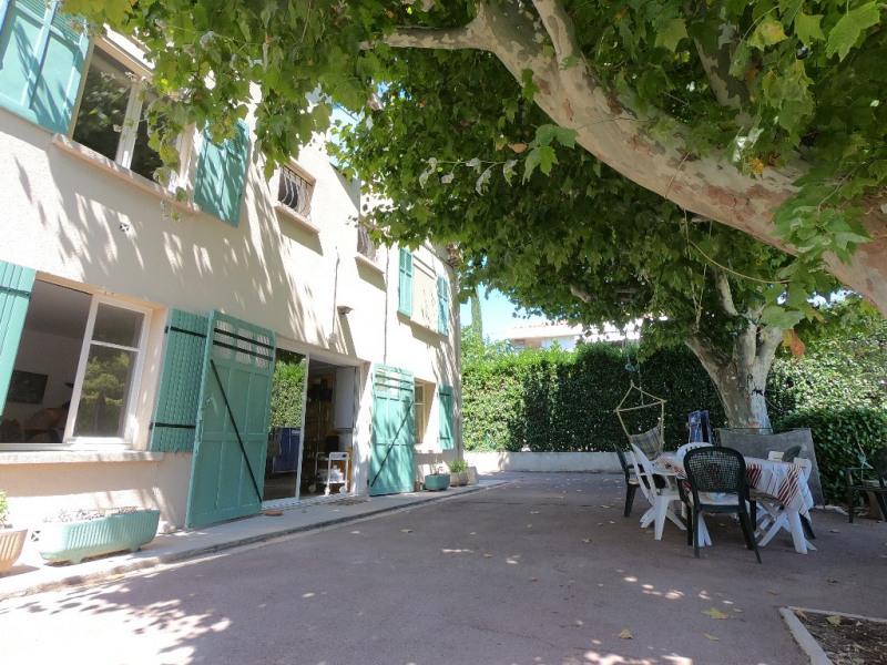 Deluxe sale house / villa Aix en provence 729090€ - Picture 2
