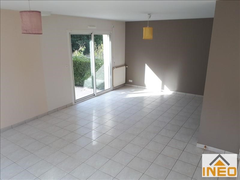 Location maison / villa St medard sur ille 715€ CC - Photo 4