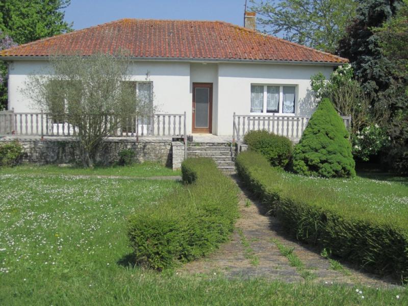 Location maison / villa Reignac 565€ CC - Photo 1