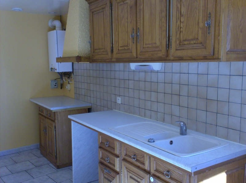 Location maison / villa Eyliac 561€ CC - Photo 2