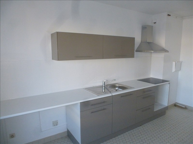 Rental apartment St brieuc 900€ CC - Picture 3