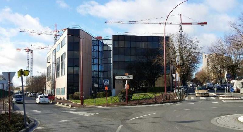 Location Local d'activités / Entrepôt Châtillon 0