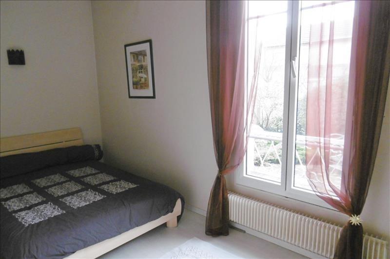 Sale house / villa St maur des fosses 863000€ - Picture 8