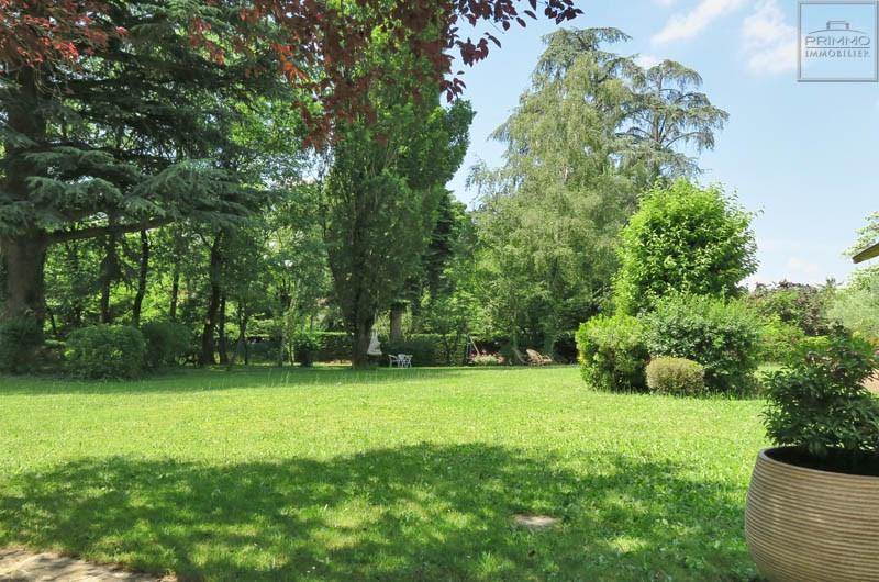 Deluxe sale house / villa Saint cyr au mont d'or 1250000€ - Picture 3