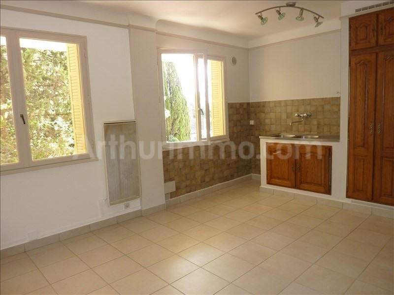 Rental apartment St raphael 680€ CC - Picture 1