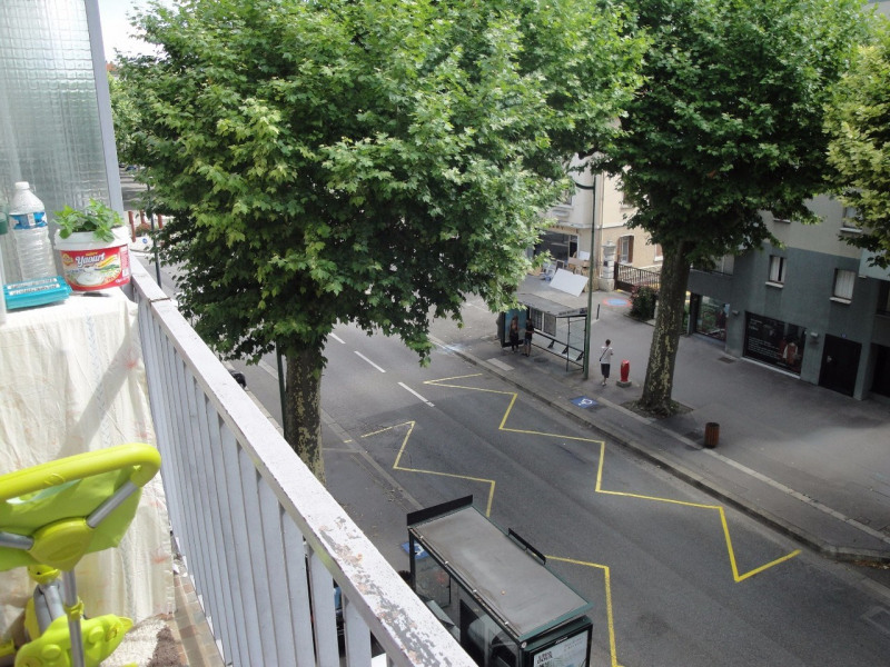 Sale apartment Annecy 228 000€ - Picture 2
