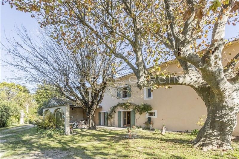 Vente de prestige maison / villa Le thor 554550€ - Photo 1