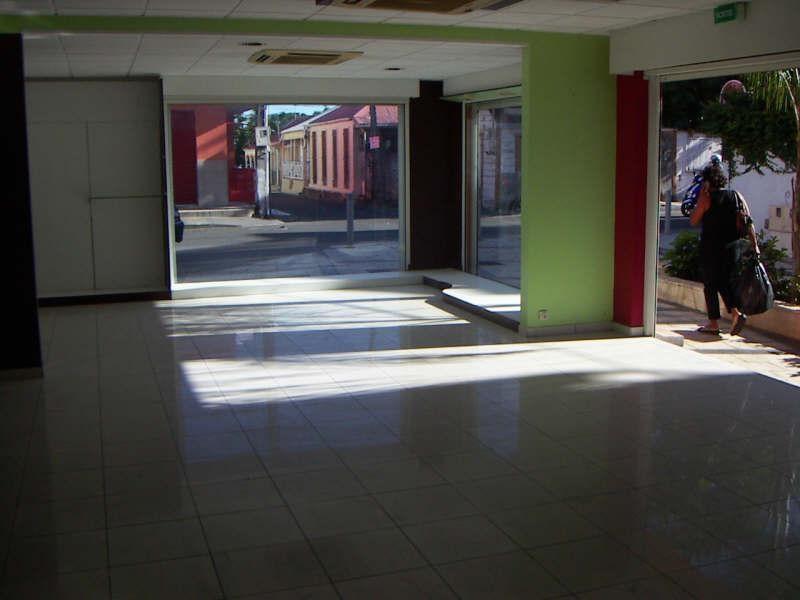 Sale empty room/storage St francois 275000€ - Picture 7