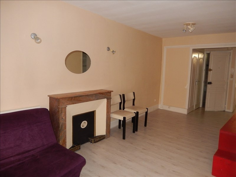 Location appartement Le puy en velay 346,75€ CC - Photo 4