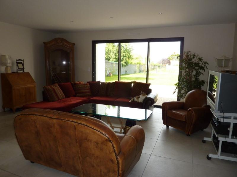 Deluxe sale house / villa Chateau d olonne 589900€ - Picture 3