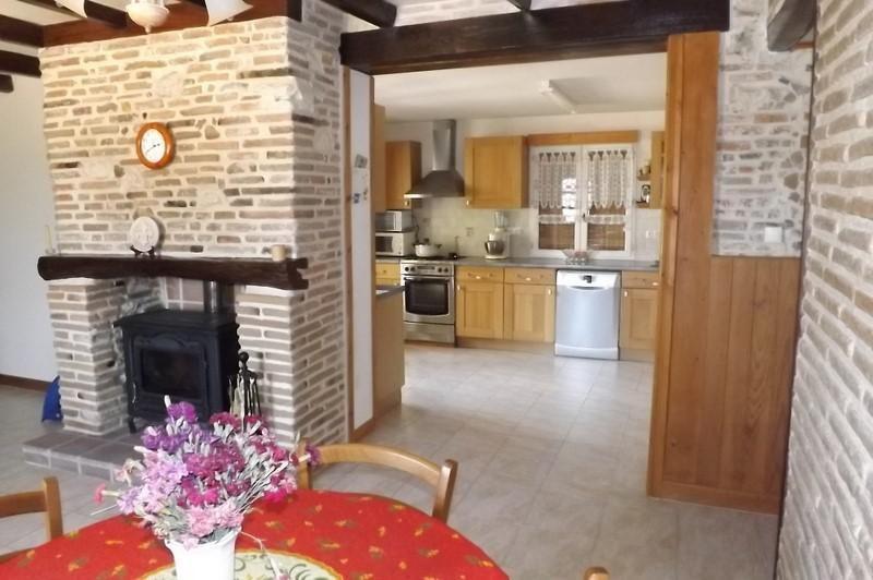 Sale house / villa Montpon menesterol 144000€ - Picture 1