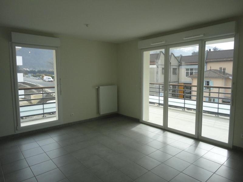 Location appartement Domene 855€ CC - Photo 3