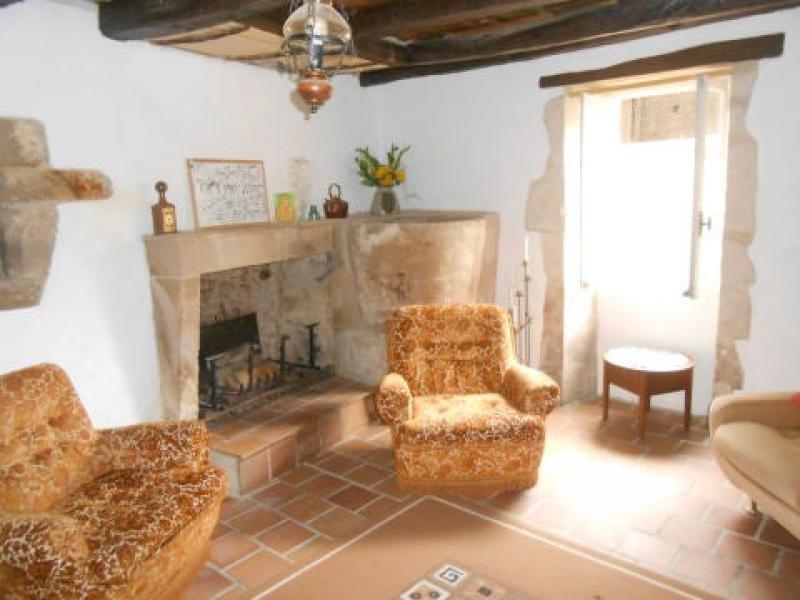 Sale house / villa Aulnay 89640€ - Picture 3