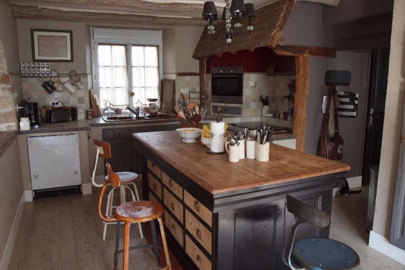 Vente Maison 10 pièces 260m² Boissy Mauvoisin