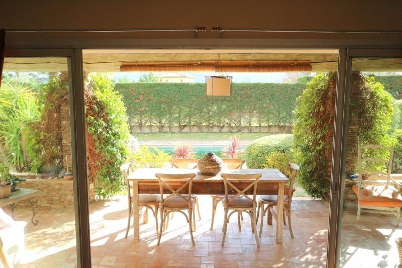 Vente de prestige maison / villa Roquebrune sur argens 598000€ - Photo 2