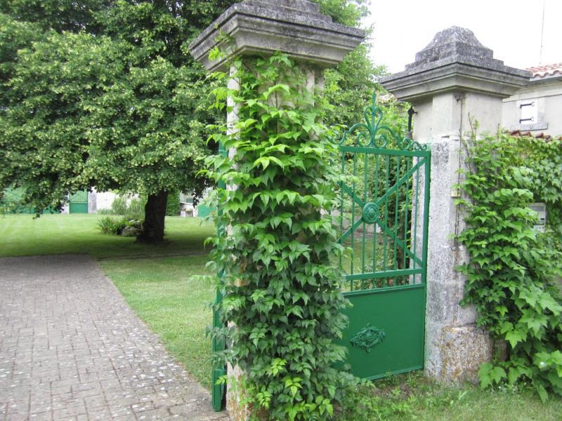 Vente maison / villa Barbezieux saint-hilaire 260000€ - Photo 7