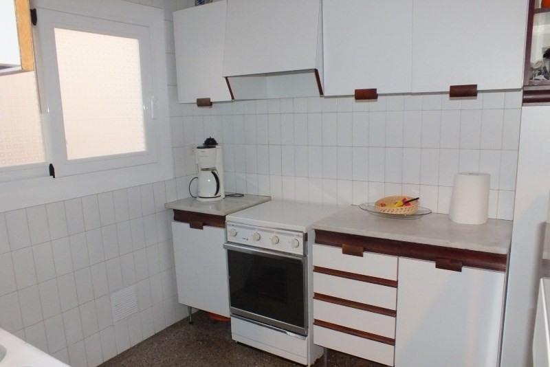 Location vacances appartement Roses-santa margarita 368€ - Photo 6