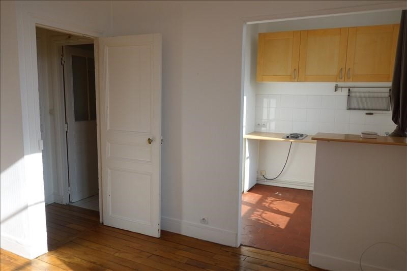 Rental apartment Versailles 601€ CC - Picture 1