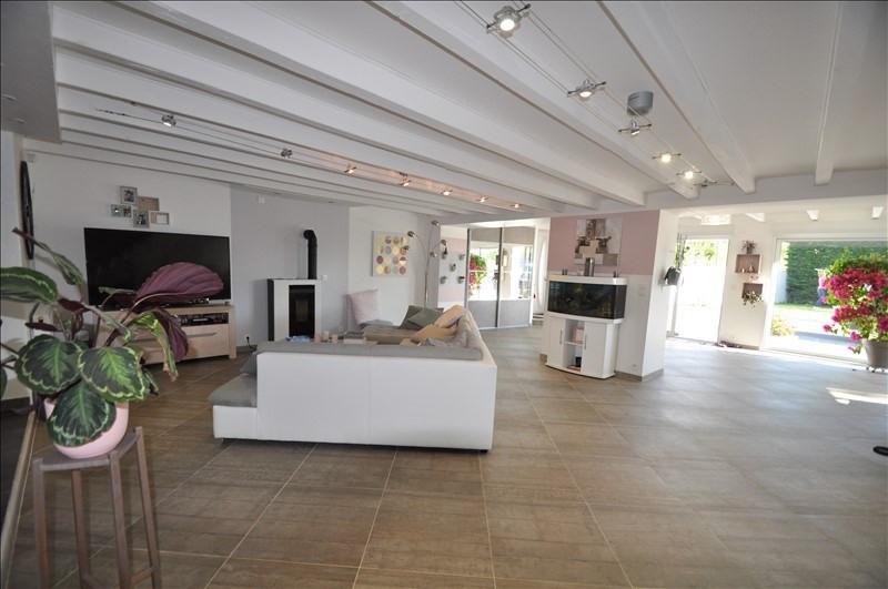 Sale house / villa Vue 307000€ - Picture 3