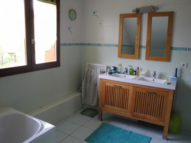 Sale house / villa Lescheraines 329000€ - Picture 4