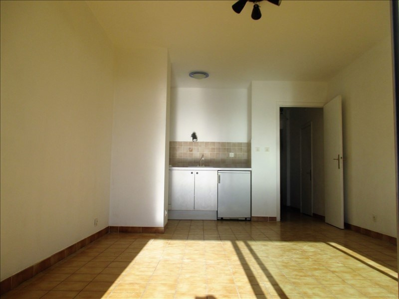 Sale apartment Bormes les mimosas 159 000€ - Picture 3