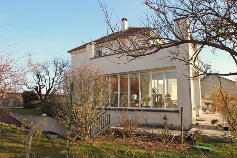 Deluxe sale house / villa Mandres les roses 770000€ - Picture 3