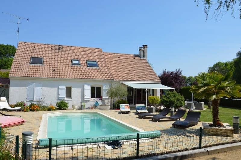 Sale house / villa Lesigny 492000€ - Picture 1