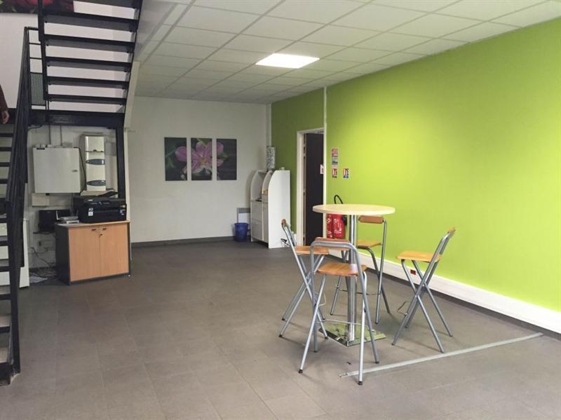 Location Local d'activités / Entrepôt Chessy 0