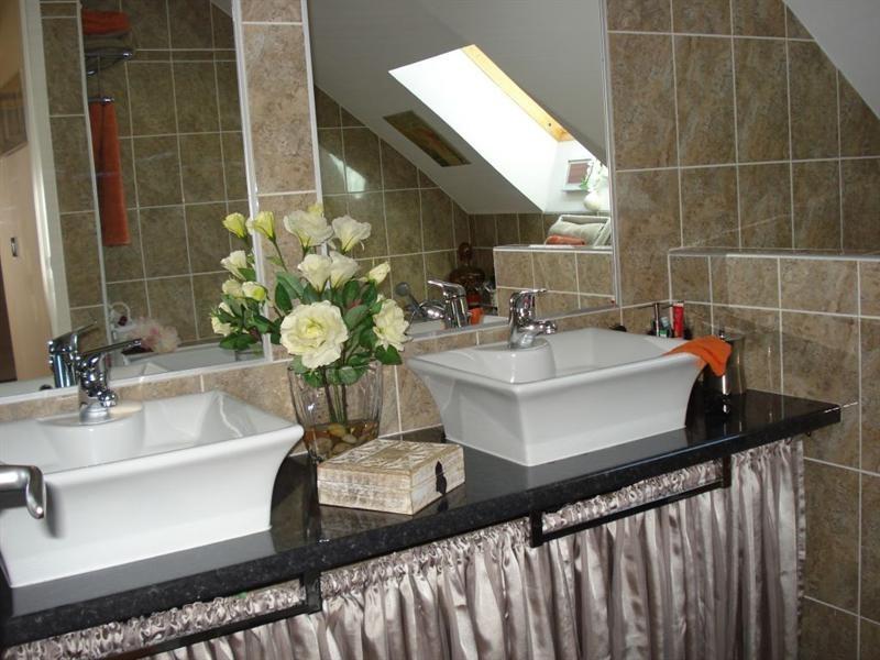 Sale house / villa Saint cyr 249500€ - Picture 10